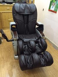 Bọc Da Ghế Massager Tại Nhà Anh Tùng Ở Chung Cư Handi Resco