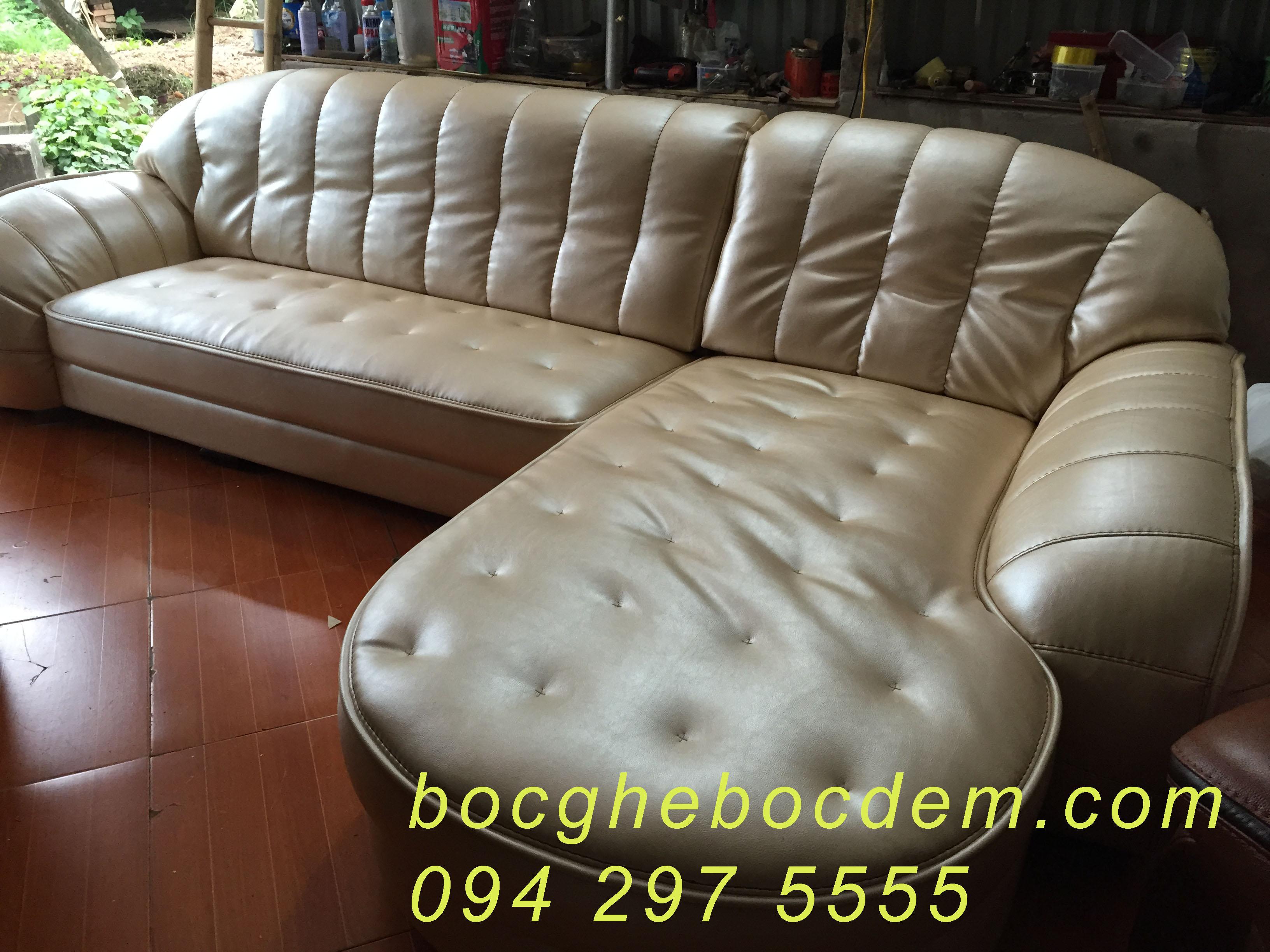 bọc ghế sofa da tại xưởng