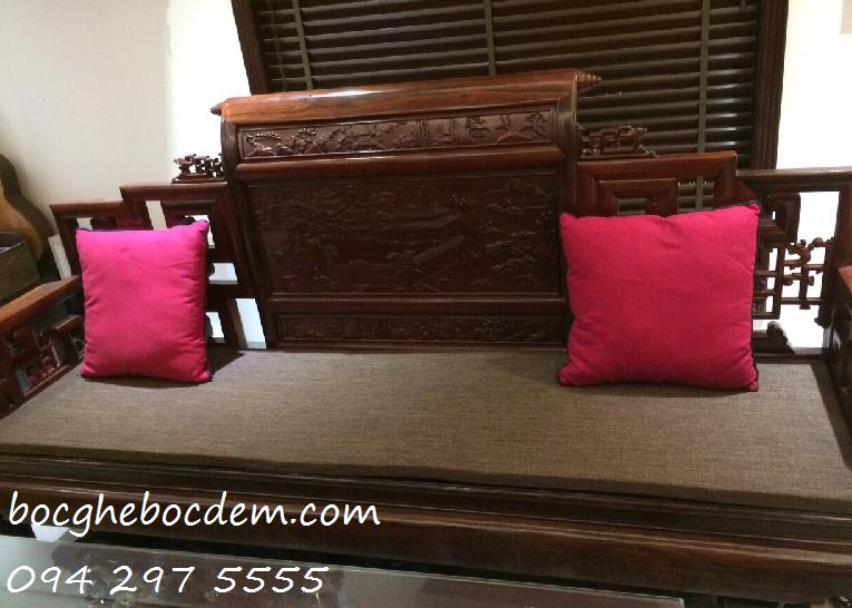Làm đệm ghế gỗ nhà chị Minh quận Thanh Xuân
