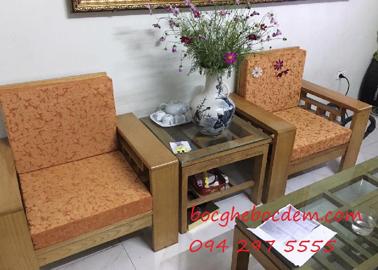 Làm đệm ghế gỗ nhà chị Ngọc quận Hoàn Kiếm