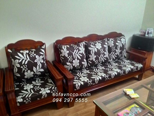 May đệm cho ghế sofa gỗ tại nhà giá tốt