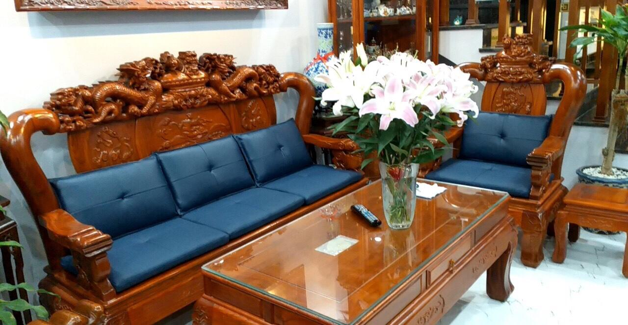 Mẹo cách tân cho sofa gỗ nhà bạn ấn tượng, đẹp