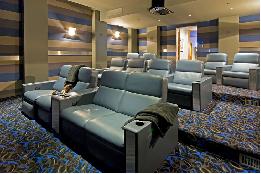 Những mẫu ghế sofa cho rạp phim tại nhà thêm sang trọng