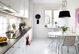 Thiết kế phòng ăn đẹp mắt với lựa chọn bàn ăn màu trắng