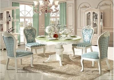 Bọc ghế bàn ăn với phong cách cổ điển