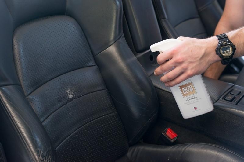 Cách bảo quản da ghế oto bền đẹp