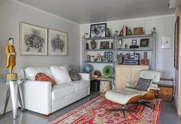 Cách bố trí phòng khách nhỏ với việc tối giản bàn trà