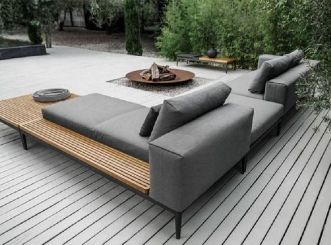 Đã đến lúc bạn nên dành cho bản thân một không gian nghỉ dưỡng đơn giản, đẹp chỉ với một chiếc sofa