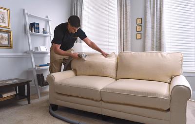 Làm thế nào để vệ sinh cho sofa da nhà bạn