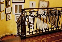 Màu sắc trong không gian nội thất vô cùng độc đáo và rực rỡ