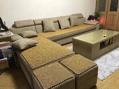 Nên lựa chọn sofa gỗ hay sofa da