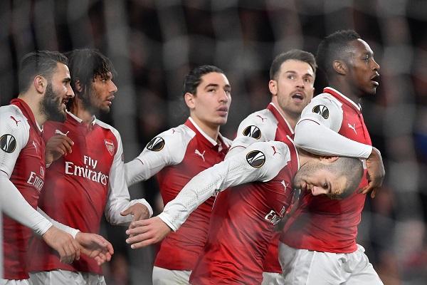 Ngược dòng ấn tượng, Arsenal thẳng tiến tứ kết Europa League