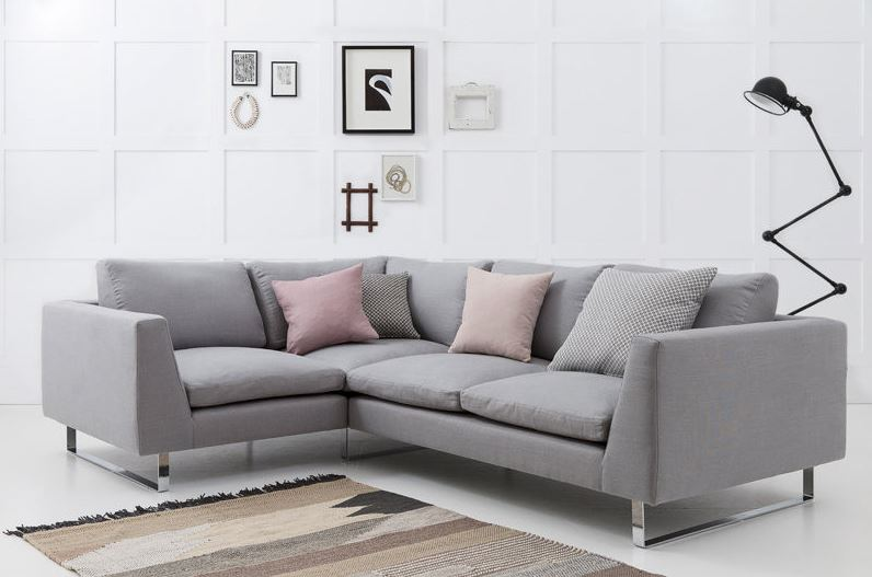 Những cách trang trí lại bọc ghế sofa của gia đình trở nên mới hơn