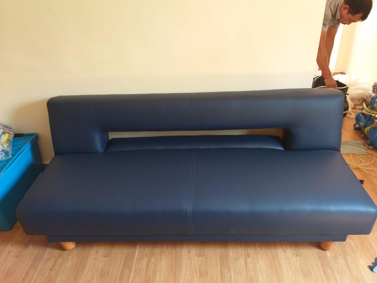 Vì sao cần phải thường xuyên bọc nệm ghế Sofa phòng khách?